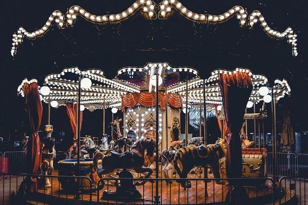 amusement-park-carnival-carousel-1403653