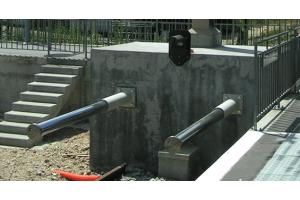 Ciężkie amortyzatory przemysłowe C-JAC Zastosowanie jako odbojniki, zderzaki np. w kolejnictwie.